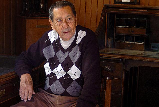 """Alcídes Edgardo Ghiggia: """"a mí me contaban los goleros que el palo de uno siempre es difícil""""."""