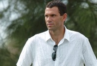 Gustavo Poyet.