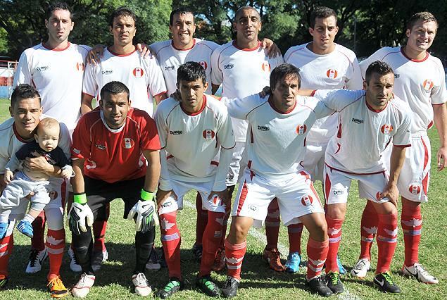 Formación de Canadian, club surgido a inciativa de uruguayos que estuvieron exiliados en Canadá.