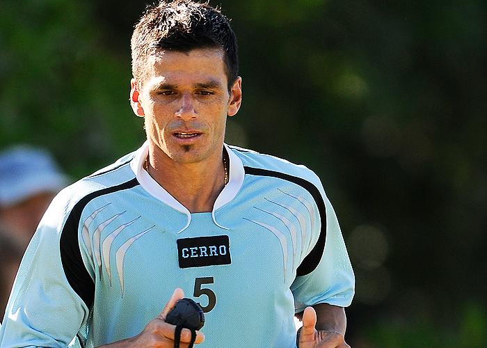 Richard Pellejero es clave en el mediocampo de Cerro y tiene cuatro amarillas.