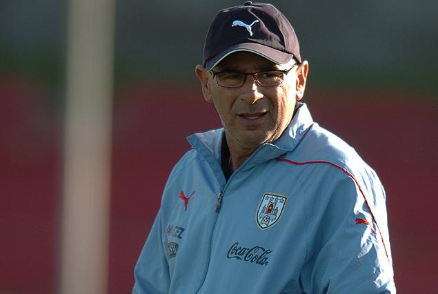 Alejandro  Garay, DT de la selección Sub 15 de Uruguay.