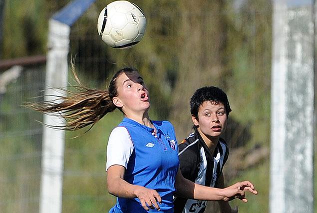 Nacional y Wanderers en semifinales del Torneo Clasificatorio femenino.