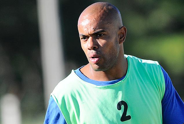Caue Fernandes entrenó en El Tanque y el viernes llegó a Liverpool.