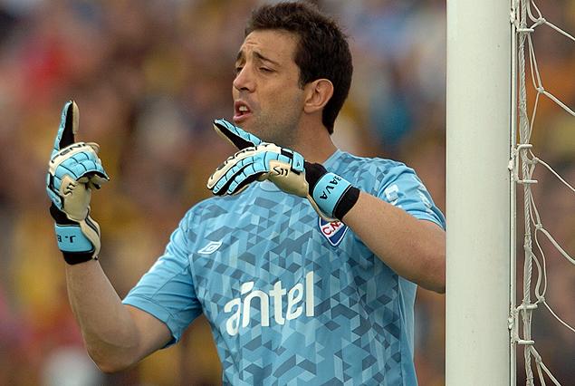 Jorge Bava puede estar cerrando su nuevo contrato con Nacional este lunes.