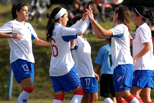 Nacional encabeza las posiciones en el Campeonato Uruguayo.