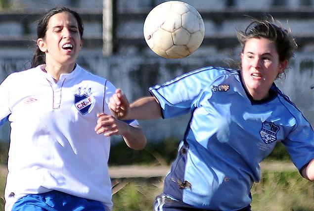 En el Parque Huracán, Nacional goleó 9:0 a Udelar ; Martina González anotó hattrick y llegó a 101 goles con las tricolores.