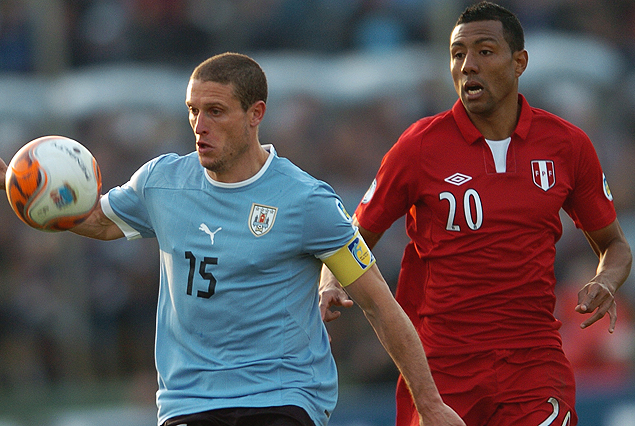 Perú-Uruguay, juegan el viernes 6 de setiembre a las 21.30 horas en el estadio Nacional de Lima.
