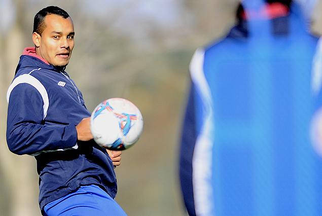 Ismael Benegas hizo fútbol y apronta su posibilidad de ser titular