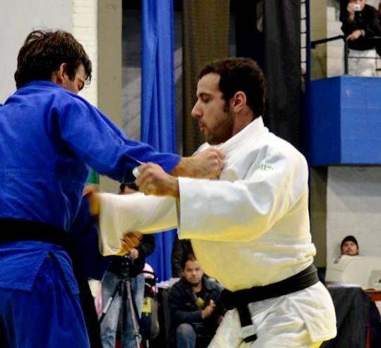 Mikael Aprahamian en acción.