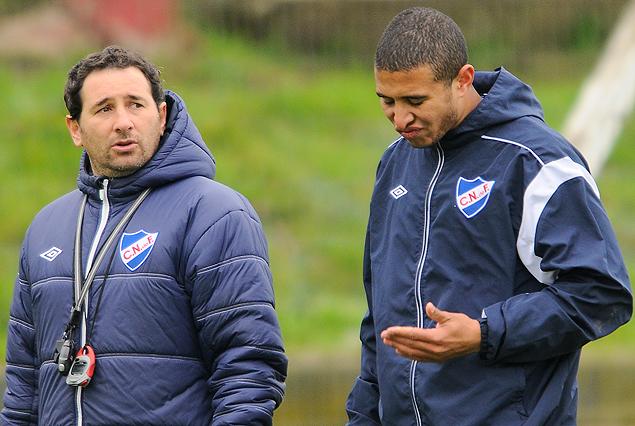 Diego Arismendi se reintegró a los entrenamientos. Trabajó diferenciado bajo la supervisión del profesor Gustavo Roberti.