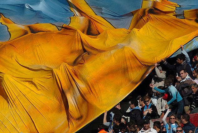 Uruguay-Colombia a las 19 hrs en el Estadio Centenario