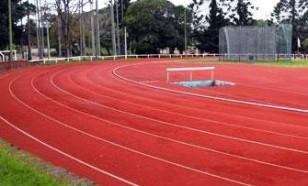Desde el sábado, la pista de atletismo se verá diferente.
