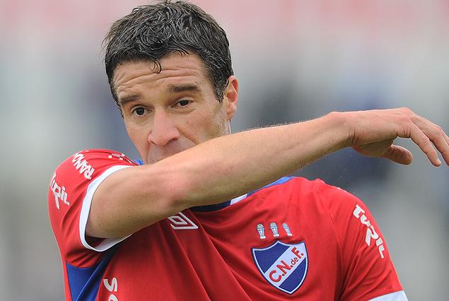 Andrés Scotti y la frustración del final. Nacional se quedó sin invicto.