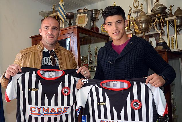 Walter y Nicolás Pandiani, padre e hijo subidos al sueño de compartir vestuario en Miramar Misiones.