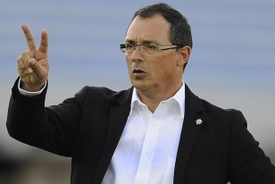 """""""Orgulloso de dirigir a estos jóvenes jugadores"""", afirmó Alfredo Arias, DT de Wanderers."""