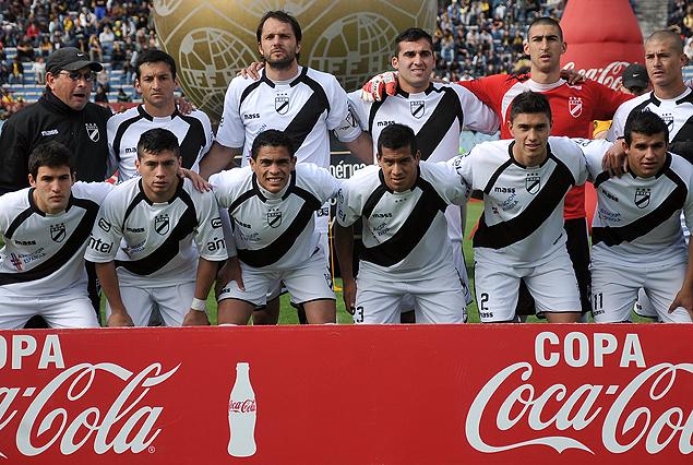 Formación de Danubio, Campeón del Torneo Apertura 2013.