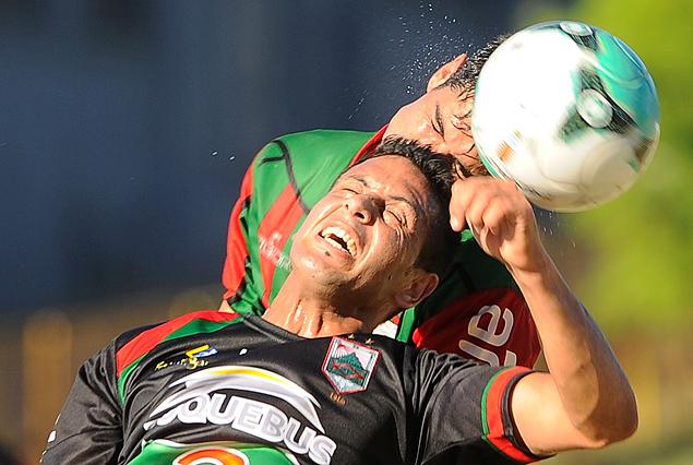 Rafael Alberti gana una vez más en defensa.
