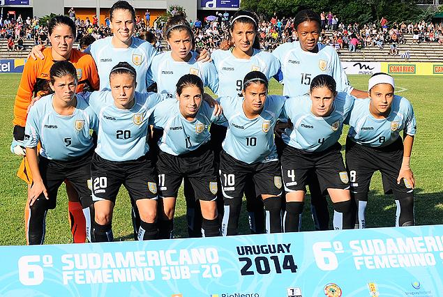 La Selección Femenina Sub 20 de Uruguay que enfrenta esta tarde a su similar de Brasil por el Grupo A del Sudamericano.