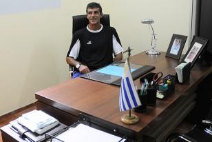 Enrique Saravia nos recibió en su escritorio en la sede de la Mutual.