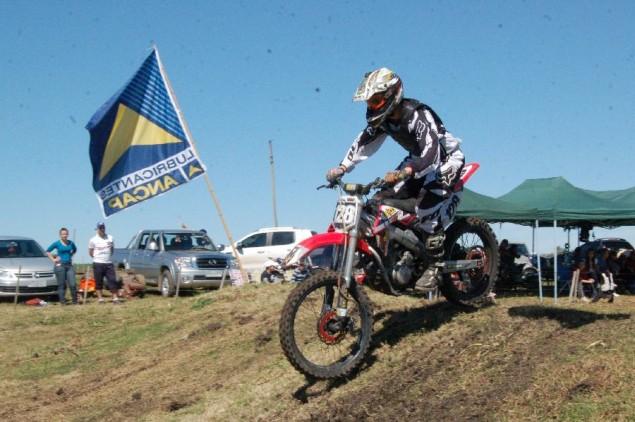 Motociclismo Cross Country.