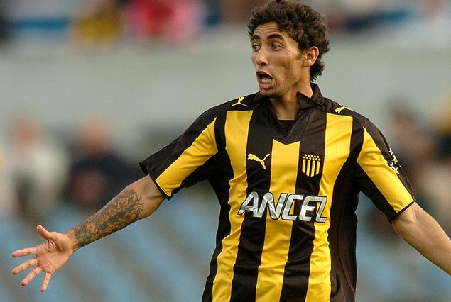 Jonathan Urretaviscaya fue ofrecido a Peñarol por su representante pero desistieron de su retorno porque no tuvo minutos en el Benfica.