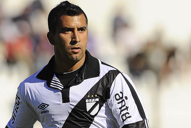 Jorge Zambrana dejó Danubio y seguirá su carrera en Fénix.