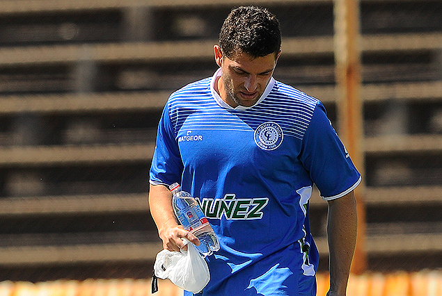 Bruno Silva sufrió rotura fibrilar.