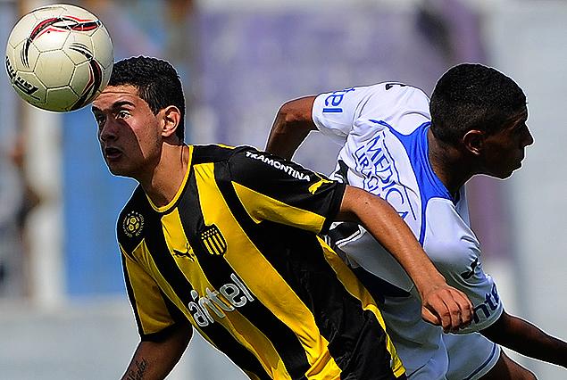 Liverpool venció 4:2 a Peñarol en la primer final de Sub 15.