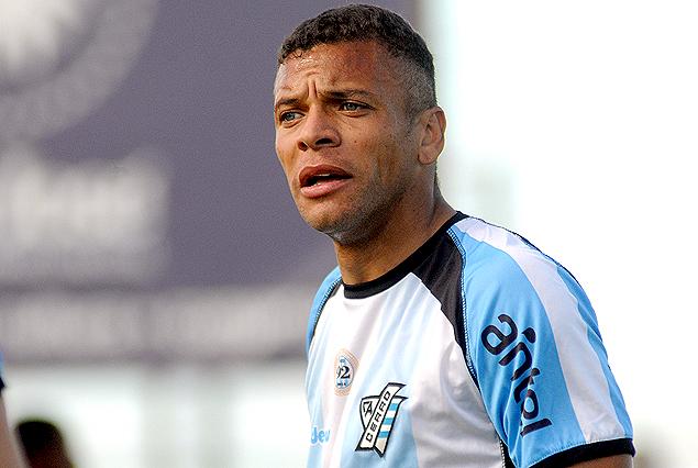 Daniel Leites tiene contrato con Cerro pero no entrena en el club.