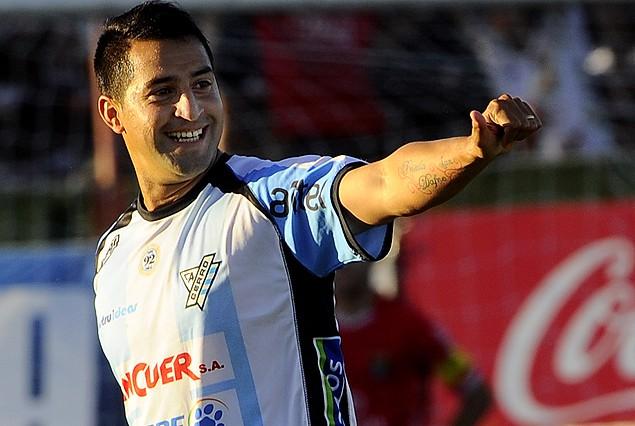 Fabricio Núñez se va a Ecuador.