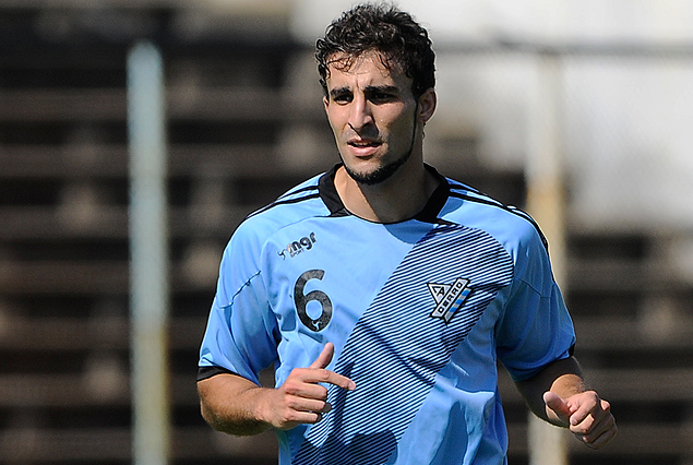 Angelo Pizorno, lateral izquierdo que se incorporó a Cerro.