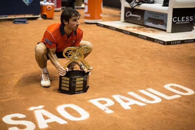 Pablo Cuevas campeón en Brasil.