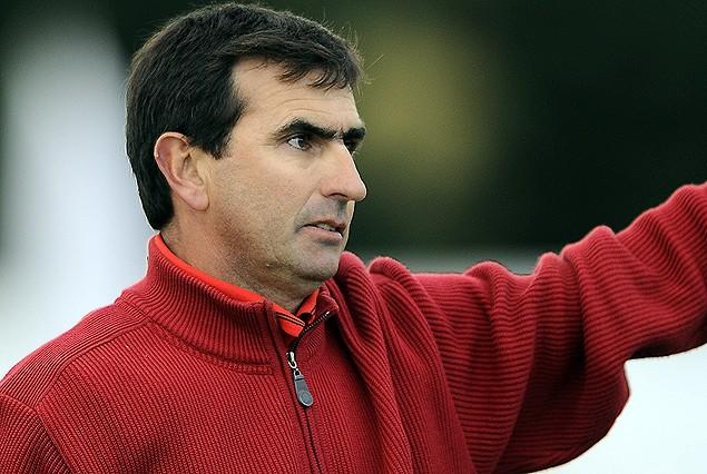 El profesor Jorge Castelli, será el nuevo entrenador de los de La Curva.