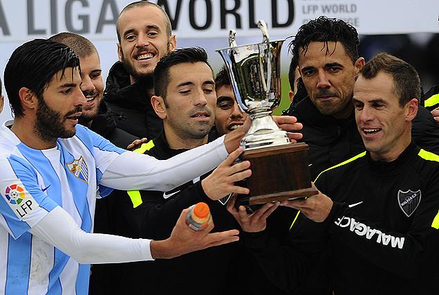 Málaga ganó el Trofeo del partido con gran segundo tiempo.