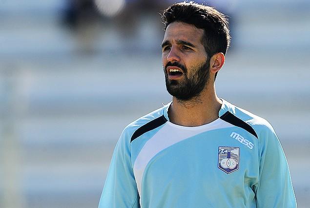 Vuelve uno de los pulmones del medio en Defensor Sporting, Mathías Cardacio.