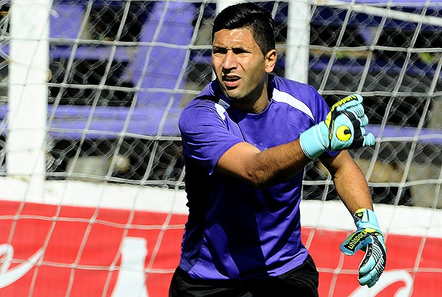 Martín Campaña. golero de Defensor Sporting. Su actuación puede ser clave este martes.