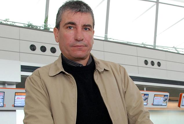 Juan Verzeri, entrenador de la Sub 20, en el sorteo del mundial.