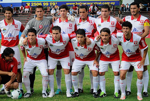 Tacuarembótrepó al segundo lugar en la tabla con su goleada ante Plaza Colonia.