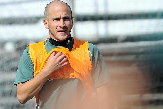 Enzo Ruíz había terminado el miércoles con una molestia, por lo que el jueves trabajó diferenciado.