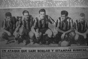 La delantera de Peñarol de 1954 donde Borges fue reubicado por Juan López en la punta derecha, pasando Abbadie como No. 10 Completaban la línea Hohberg, Galván y en este caso el argentino Romay que jugó en los aurinegros desde 1952. Alternaba con Míguez.