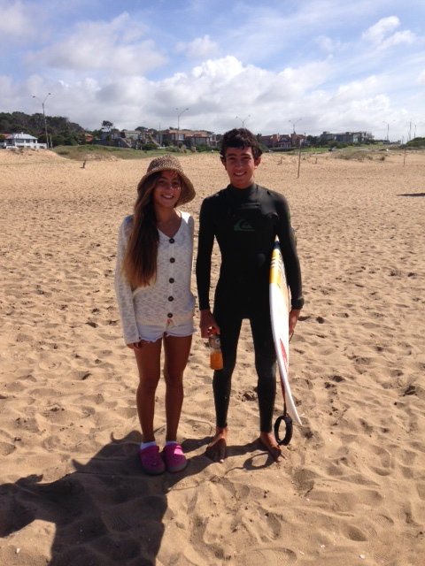 Delfina y Fran Morosini, son figuras del Circuito y juegan de locales, en las olas de La Paloma.
